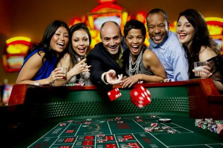 Play Casino Games At Vera & John